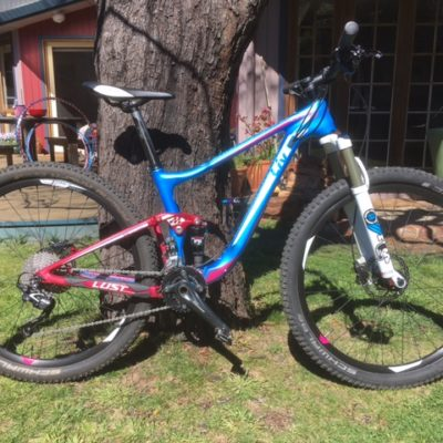 2016 Lust Advanced 2 - 27.5 dual suspension, small women's carbon frame Giant MTB