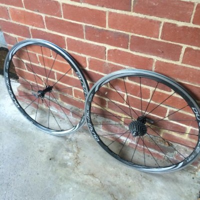 c35 dura ace 9000 wheel set with 11spd near new dura ace cassete